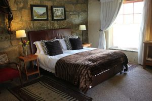 Moolmanshoek Accommodation Sandstone Luxury Room 13