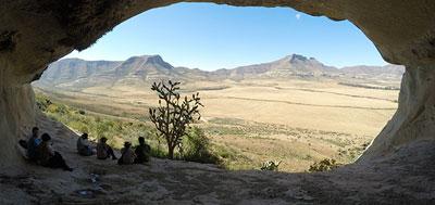 moolmanshoek-activities-horseback-safari-freestate-south-africa-activities-fun-activities-day-walks-aunt-mitchells-high-tea-overhang