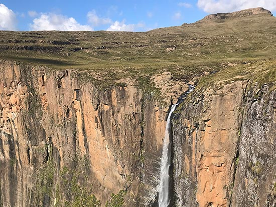 moolmanshoek-activities-lesotho-trails-horse-rides-explore-the-northern-peaks-of-lesotho-summer-trip